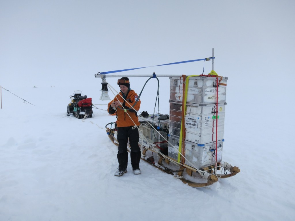 Anna operating the surface radar (credit: Jan De Rydt).
