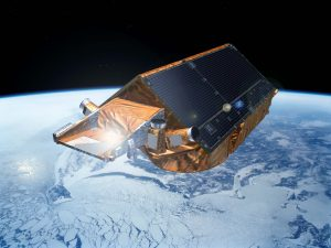 CryoSat-2, an ESA Earth Explorer satellite that carries onboard a radar altimeter to measure ice elevation (Credit : ESA – P. Carril)