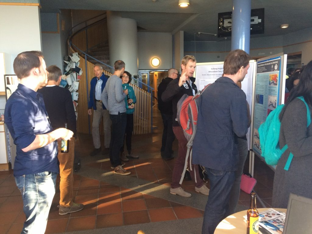Poster session at the FRISP 2016 meeting. [Credit: Céline Heuzé]