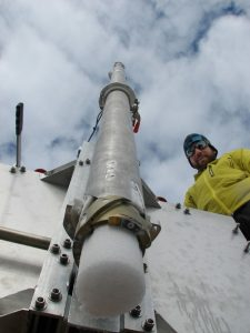 Figure 1: Drilling an ice core [Credit: Brice Van Liefferinge]