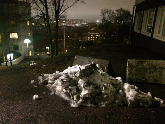 Image of the week – How hard can it be to melt a pile of ice?!