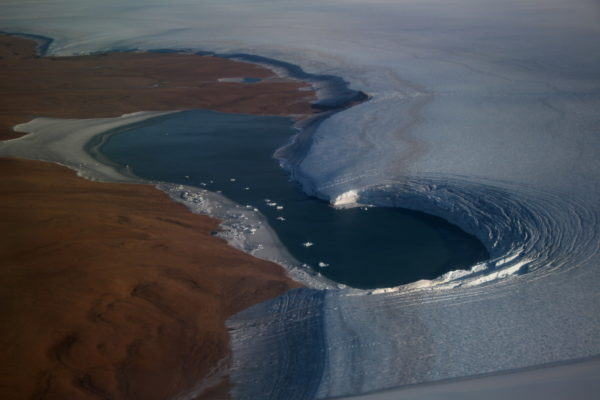 Did you know… that you can read the edge of Greenland's ice as an open book?