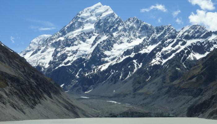 Did you know? – Proglacial lakes accelerate glacier retreat!