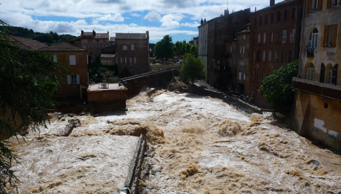 Can climate data help to better predict floods?