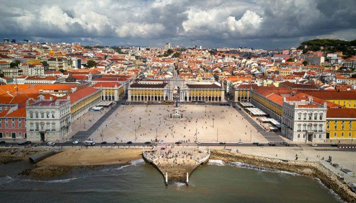 Lisbon at the dawn of modern geosciences