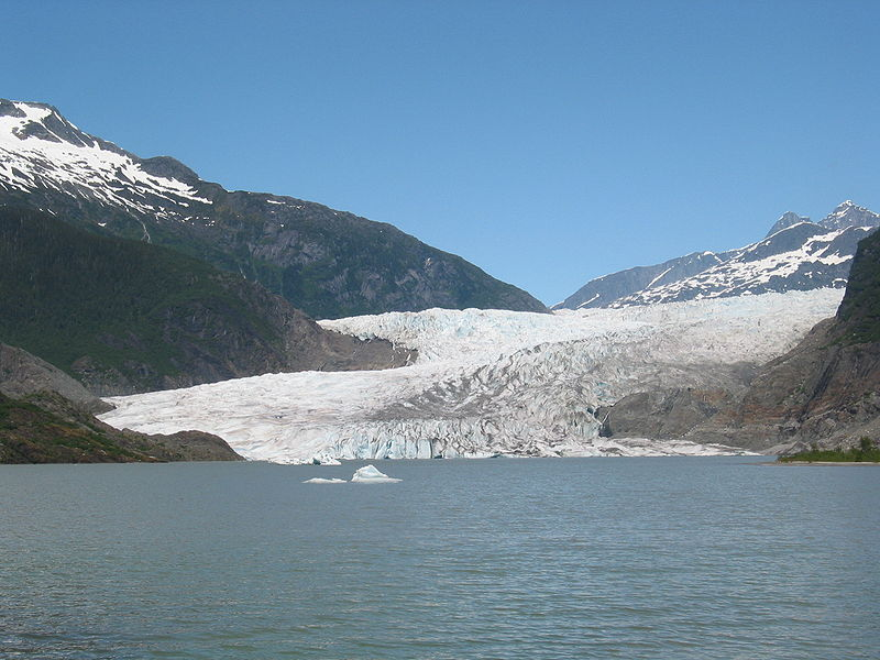 Where the glacier meets the water. (Credit: Stephen Kellam)