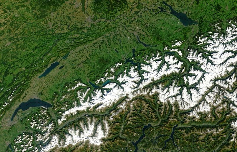 Satellite image of the Swiss Alps, taken in September 2002. The northern peaks are snow covered above 2000 metres, but there is little or no snow on the peaks further south. (Credit: NASA)