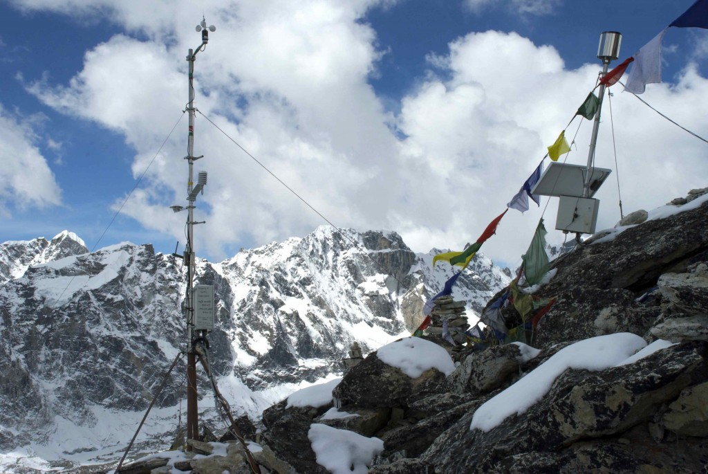 The weather station at Kala Patthar. (Credit: Jane Qiu)