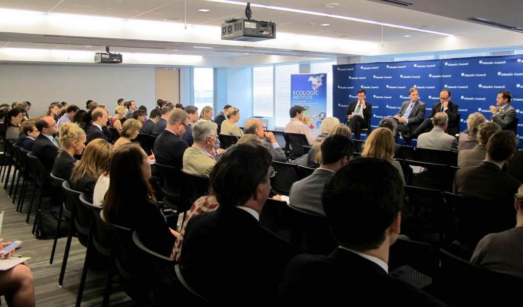 Full house at the first Emerging Leaders in Environmental and Energy Policy (ELEEP) Network conference at Atlantic Council headquarters in Washington DC. (Credit: Edvard Glücksman)