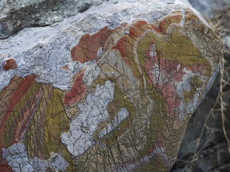 Oxidised and eroded limestone layers, resembling patterns of a geological map. (Credit: Martin Reiser, distributed via imaggeo.egu.eu)