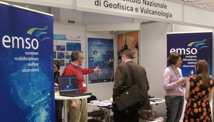 Explore the Exhibition at EGU 2016!