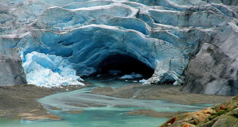 Meltwater from Switzerland's Trift Glacier. (Credit: Romain Schläppy via imaggeo.egu.eu)