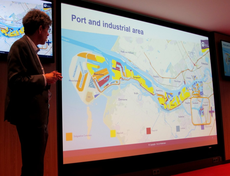 Ruud Melieste, economist for the Port of Rotterdam, explains the dimensions of Europe's busiest port. (Credit: Edvard Glücksman)