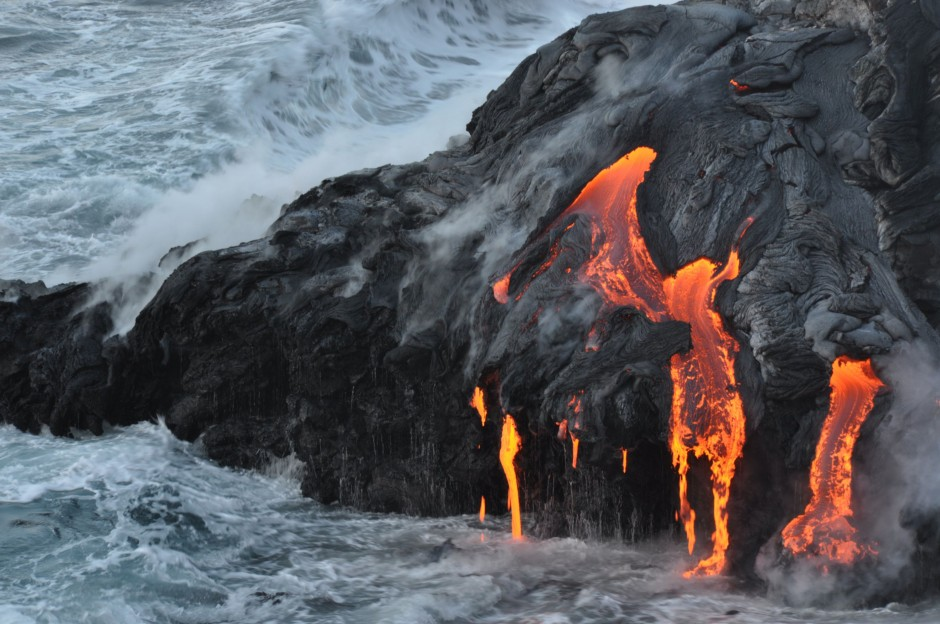 Lava flow entering the sea on SE coast of Hawaii. Hawaii, Hawai (Credit: HVO,  U.S. Department of Interior, U.S. Geological Survey)