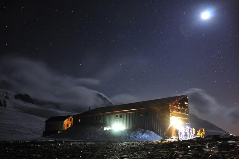 Moonlit glacier. (Credit: Marco Matteucci distributed via imaggeo.egu.eu)