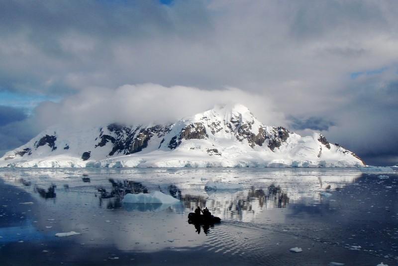 Morning Voyage. (Credit: Sierra Pope distributed via imaggeo.egu.eu)