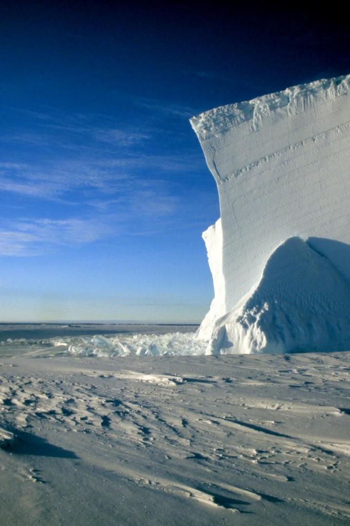 Icebergs at midnight. Credit: Michael Bock (distributed via imaggeo.egu.eu)