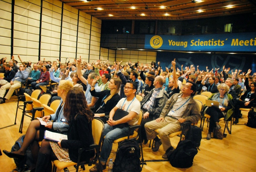 The audience during a Great Debate at the General Assembly in 2014.