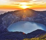 Imaggeo on Mondays: A sunrise over Kelimutu's three-colour lakes