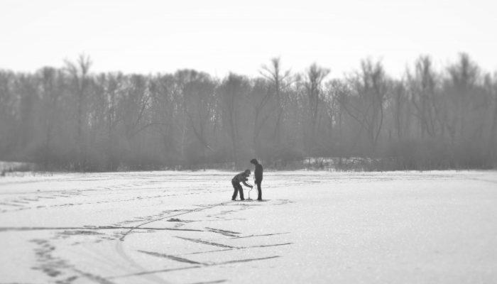 Ice drilling in Saratov