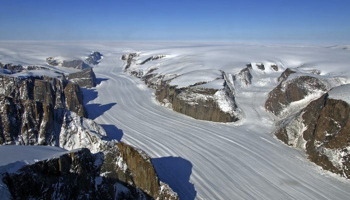 GeoTalk: To understand how ice sheets flow, look at the bedrock below