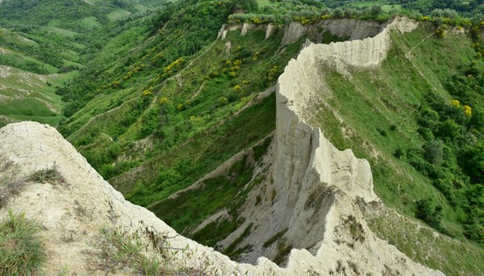 Imaggeo on Mondays: How erosion creates natural clay walls