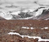 Imaggeo On Monday: Desert Varnish, Antarctica Style