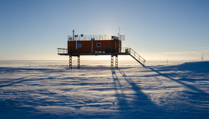 Imaggeo On Monday: A science outpost in midnight sun