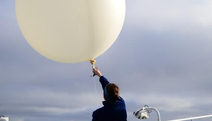 Imaggeo on Mondays: Fly away, weather balloon