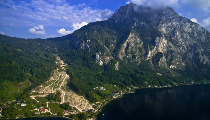 GeoSciences Column: Can seismic signals help understand landslides and rockfalls?