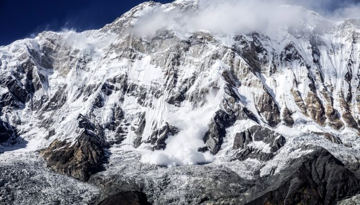 Imaggeo on Mondays: A dramatic avalanche from Annapurna South
