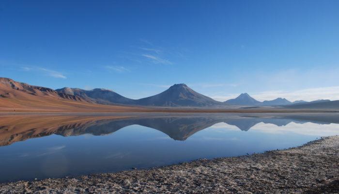 Imaggeo on Mondays: The mirror of the volcano