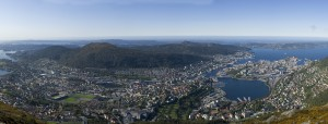 Panorama of Bergen - Source: Sindre, Wikimedia Commons.