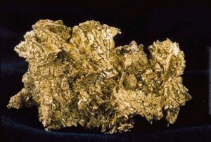 Gold nugget - Source: USGS, Wikimedia Commons.