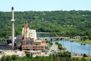 A coal fired power plant in Minnesota. Source - Wikimedia Commons