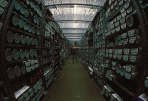 Geological core repository for sediment samples. Source: Hannes Grobe/AWI, WIkimedia Commons.