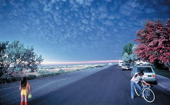 Volcanic mammatus clouds forming after the eruption at Mount St. Helens. Copyright: Douglass Miller