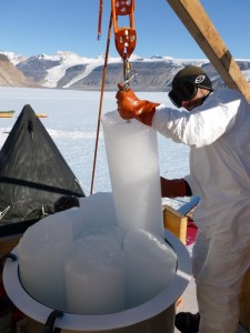 Sampling ice cores for Kr analysis by ATTA. Photo: V. Petrenko. Used with permission.