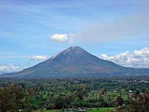 Mt Sinabung (Credit: Kenrick95, Wiki)