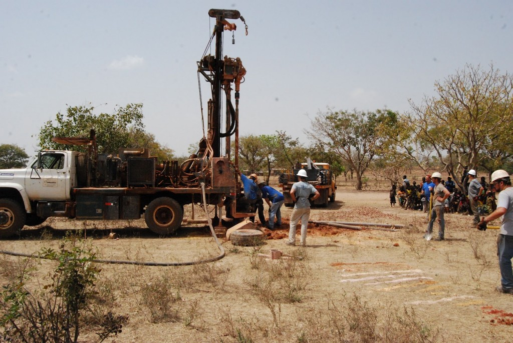 Fig. 3: Drilling in Zitonosso (photo courtesy of Mark Collier)