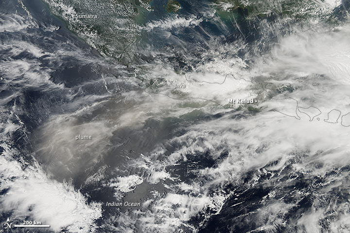 Image of the ash plume from Kelut, drifting across the Indian Ocean on 14th Feb, 2014. NASA Earth Observatory image by Jesse Allen, using data from the Land Atmosphere Near real-time Capability for EOS (LANCE).